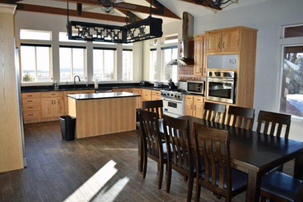 Lodge dining-kitchen (2)