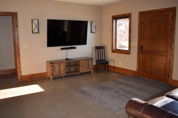 Retreat entry room 3